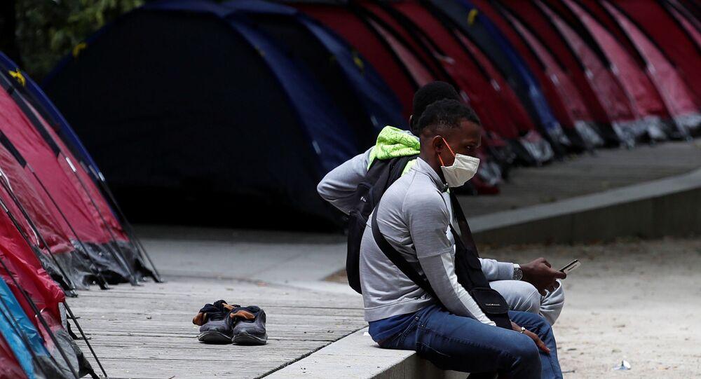 Oriundos de África en Francia durante el brote del coronavirus en el mundo