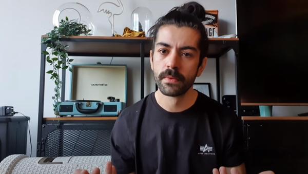 El 'youtuber' Fortfast, en un vídeo subido a Twitter - Sputnik Mundo