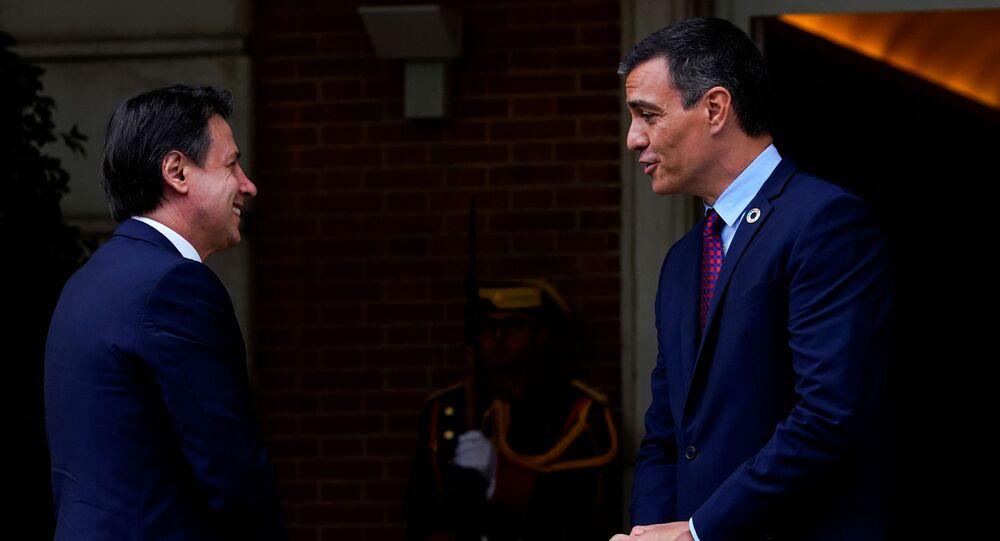 Primer ministro italiano, Guiseppe Conte, y el presidente de España, Pedro Sánchez