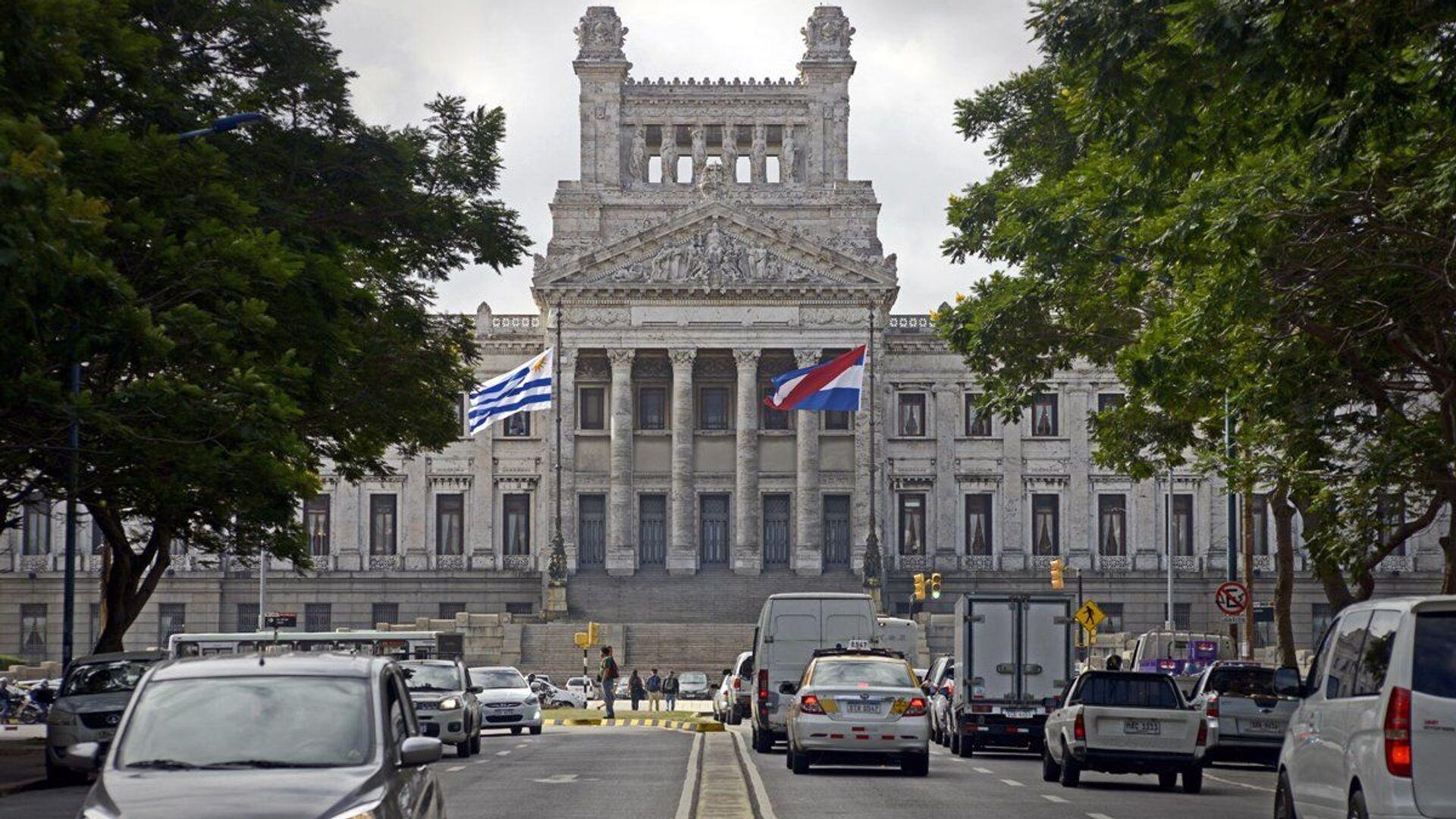Parlamento de Uruguay - Sputnik Mundo, 1920, 03.06.2021