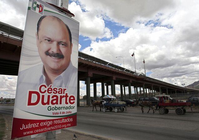 Un cartel electoral de César Duarte Jáquez, exgobernador del estado de Chihuahua