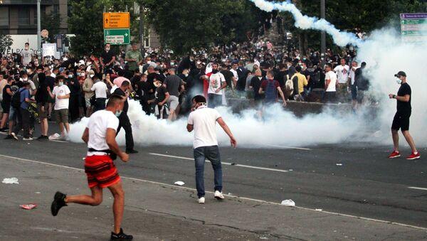 Protestas en Belgrado - Sputnik Mundo