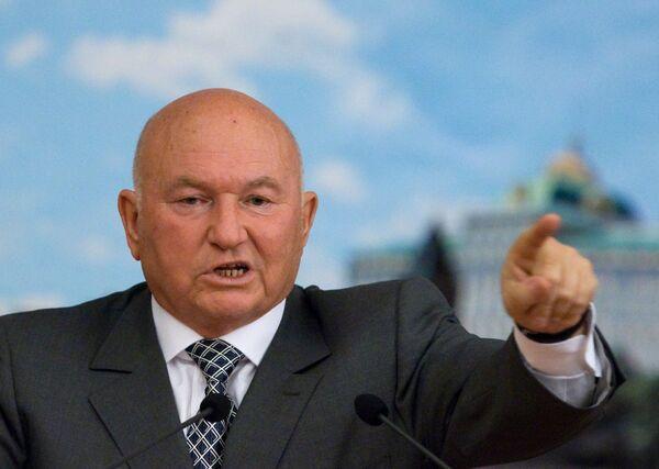 El alcalde de Moscú Yuri Luzhkov - Sputnik Mundo