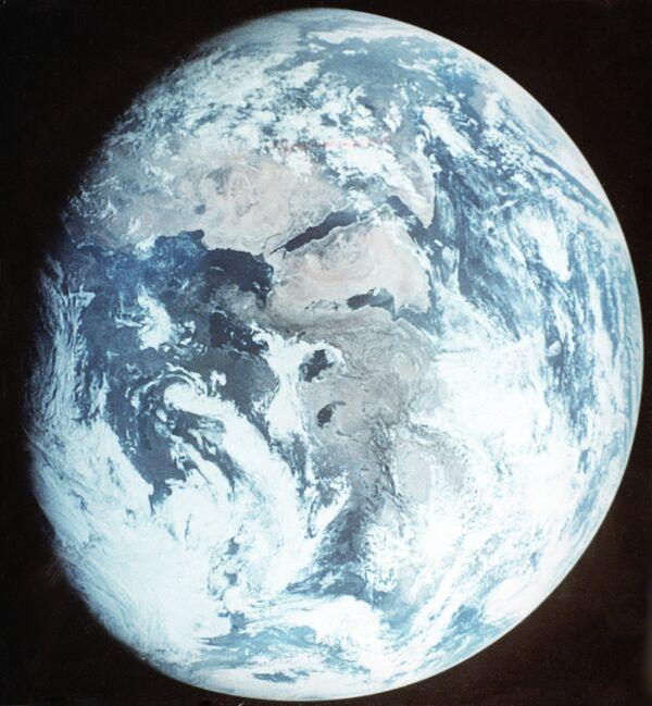 Población mundial superará los 10 mil millones para el año 2100 - Sputnik Mundo