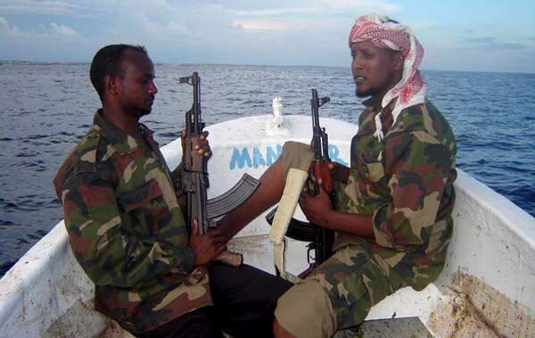 Jefe de la Armada rusa denuncia escalada de piratería marítima al oeste del África - Sputnik Mundo