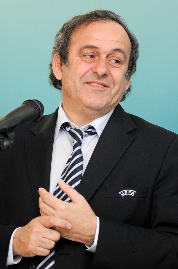 El presidente de la Unión de Federaciones de Fútbol Europeas (UEFA), Michel Platini - Sputnik Mundo