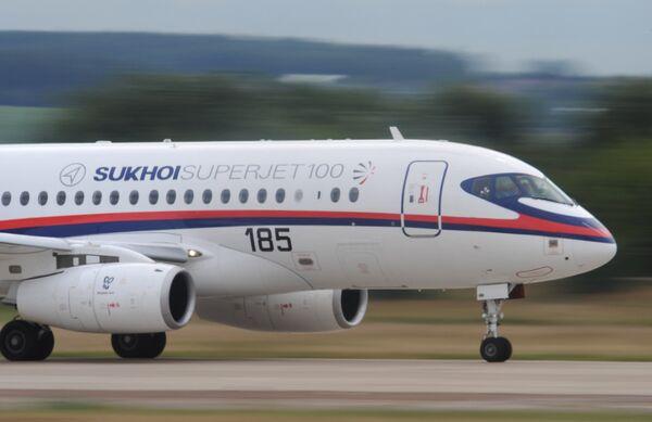 Sukhoi SuperJet-100 - Sputnik Mundo