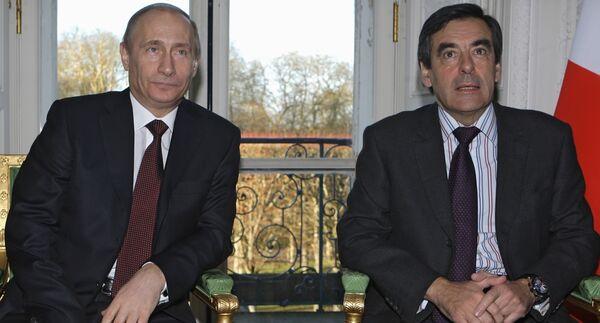 Vladímir Putin y François Fillon. Archives - Sputnik Mundo