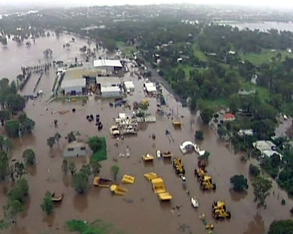 El estado australiano de Queensland inundado por fuertes riadas - Sputnik Mundo