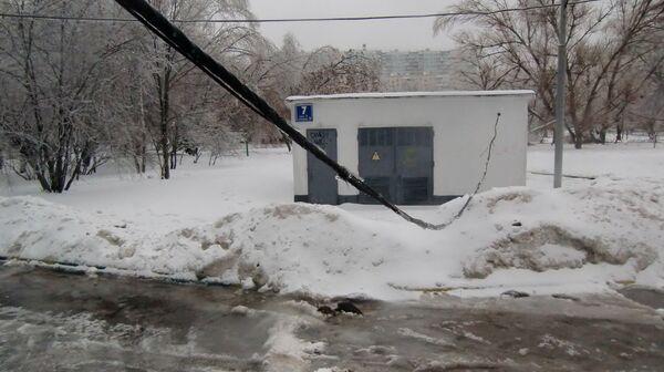 Fuerte nevada deja sin luz a casi 90 poblaciones en la provincia de Moscú - Sputnik Mundo