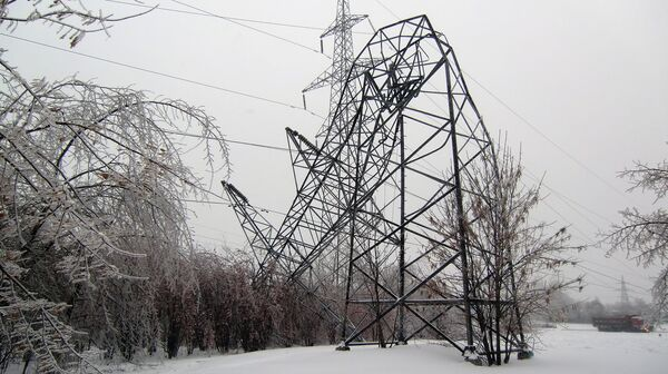 Autoridades imponen el estado de emergencia por problemas de suministro eléctrico en región de Moscú - Sputnik Mundo