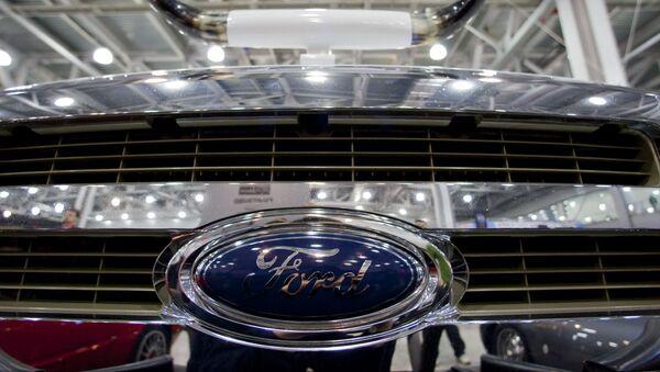Las ventas de Ford Sollers en Rusia bajan un 39% en 2014 - Sputnik Mundo