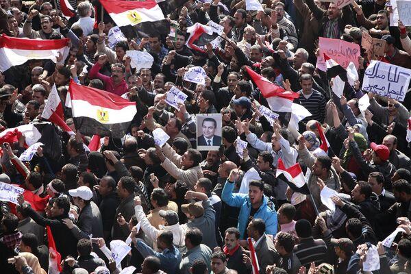Las protestas en el Cairo que culminaron en febrero de 2011 con el derrocamiento del presidente Mubarak - Sputnik Mundo