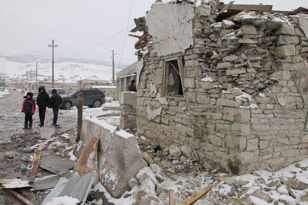 Explosión en doble atentado en Daguestán tuvo una potencia de 50 kilos de trilita - Sputnik Mundo