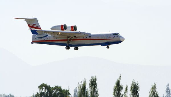 El avión anfibio ruso Be-200 (imagen referencial) - Sputnik Mundo