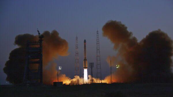 Rusia pone en órbita satélite Glonass-K - Sputnik Mundo