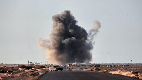 Bombardeos en Libia - Sputnik Mundo