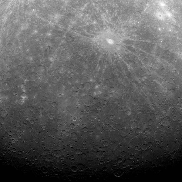 Sonda Messenger capta las primeras fotos de la superficie de Mercurio - Sputnik Mundo
