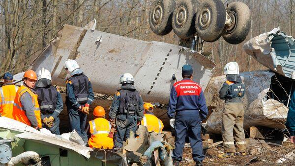 El accidente del avión presidencial polaco - Sputnik Mundo