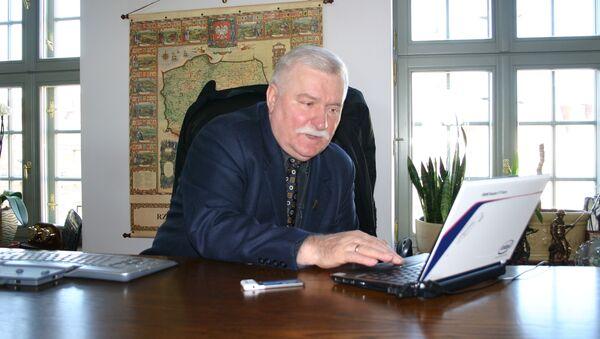 El ex presidente polaco Lech Walesa - Sputnik Mundo