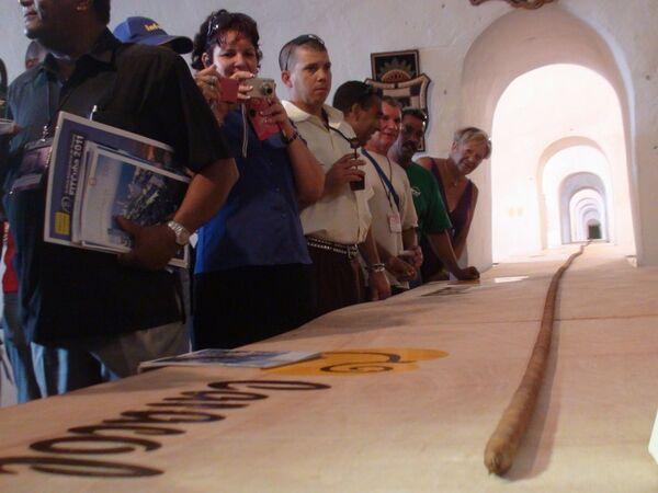 Torcedor cubano enrolla un habano de más de 80 metros de largo - Sputnik Mundo