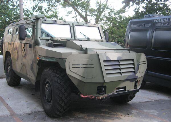 El  vehículo blindado Tigr - Sputnik Mundo