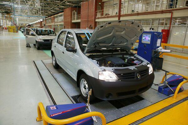 Industria automotriz rusa capta inversiones por valor de US$5.000 millones - Sputnik Mundo