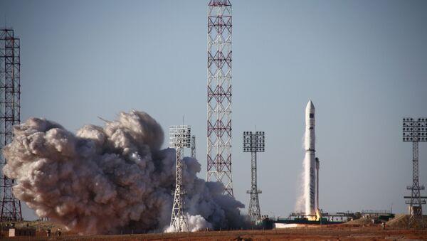 El lanzamiento del cohete portador de fabricación ucraniana Zenit-3 desde el cosmódromo Baikonur (archivo) - Sputnik Mundo