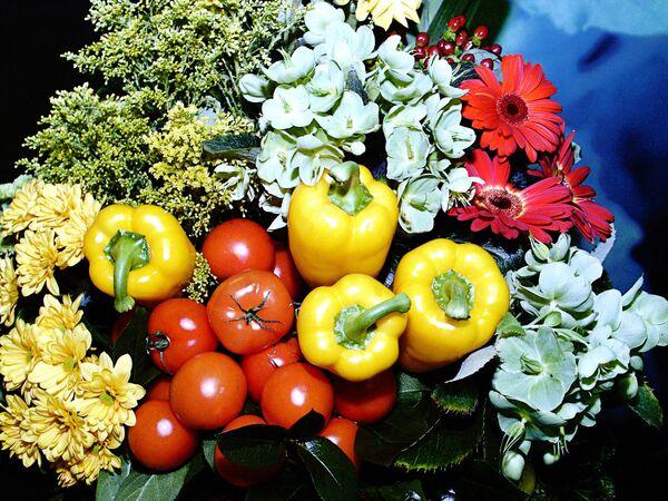 Rusia seguirá restringiendo la importación de hortalizas europeas - Sputnik Mundo
