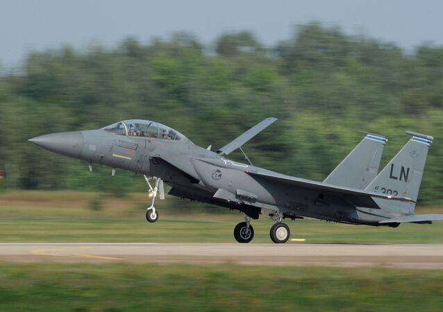 Caza F-15 Eagle (archivo)