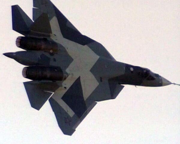 Avión de quinta generación vuela en público en MAKS-2011 - Sputnik Mundo