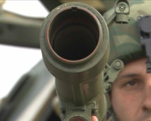 MAKS-2011 exhibe un nuevo equipamiento para el soldado ruso del futuro - Sputnik Mundo