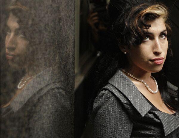 Amy Winehouse - Sputnik Mundo