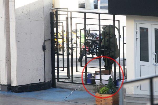 La caja sospechosa encontrada cerca de la sede de RIA Novosti no contenía explosivos - Sputnik Mundo