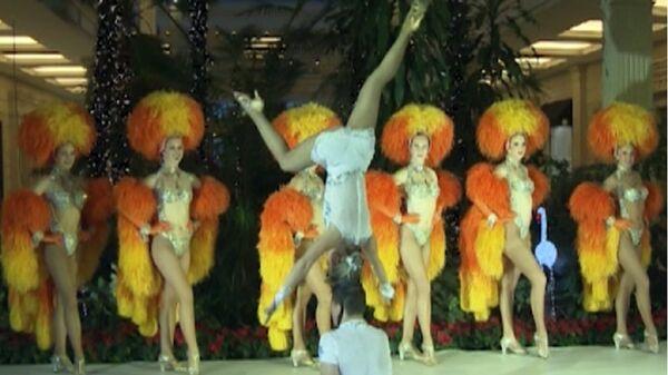 El legendario Moulin Rouge llega por primera vez a Moscú - Sputnik Mundo