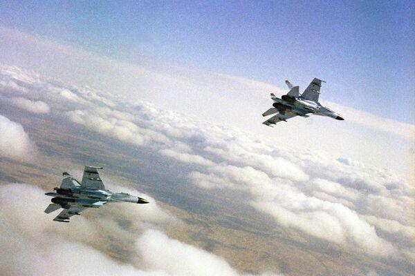 Cazas rusos Su-27 - Sputnik Mundo