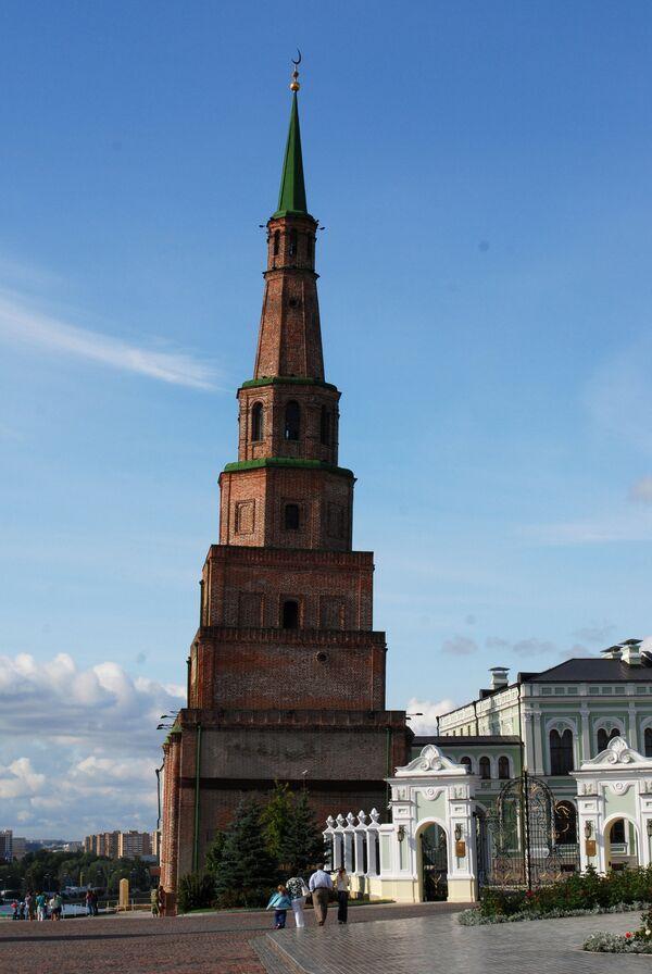 La torre inclinada y otros lugares históricos de la capital de Tartaristán  - Sputnik Mundo