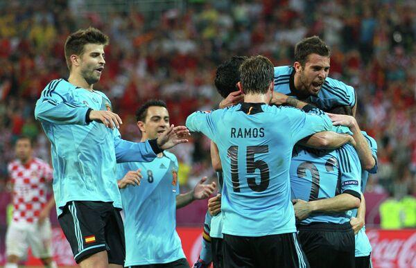España avanza a cuartos de Eurocopa 2012 tras eliminar a Croacia  - Sputnik Mundo