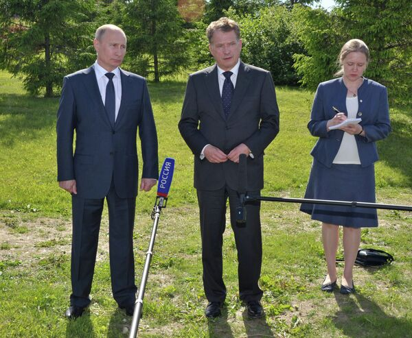 Vladímir Putin y Sauli Niinistö - Sputnik Mundo
