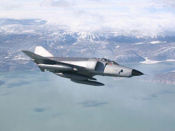 RF-4E  - Sputnik Mundo