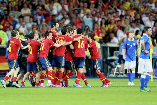 España defiende su título en la Eurocopa 2012 - Sputnik Mundo