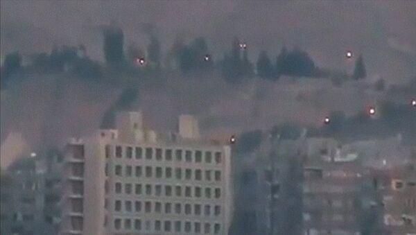 Oposición armada siria emprende contraofensiva en Damasco - Sputnik Mundo