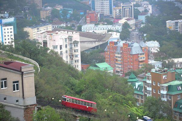 La vida cotidiana en Vladivostok durante la cumbre de la APEC 2012 - Sputnik Mundo
