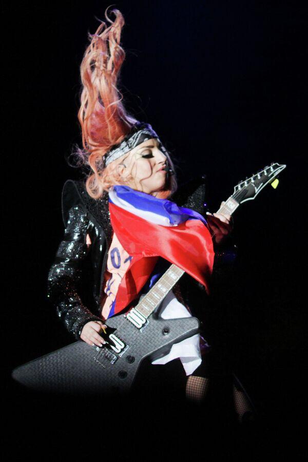 Lady Gaga en Moscú: extraterrestres, matrioshkas y pequeños monstruos - Sputnik Mundo