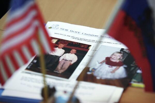 El sueño americano es adoptar niños en Rusia o China - Sputnik Mundo