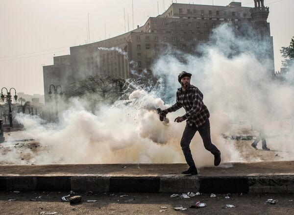 Al menos dos muertos tras dos días de protestas en El Cairo - Sputnik Mundo
