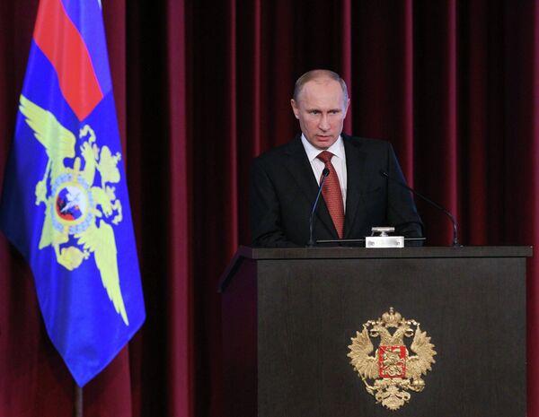 Putin critica la ineficacia policial - Sputnik Mundo