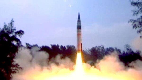 El misil Agni-5 - Sputnik Mundo
