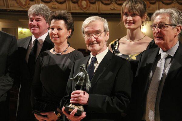 Premio de Dresde para el ruso que salvó el mundo de una guerra nuclear en 1983 - Sputnik Mundo