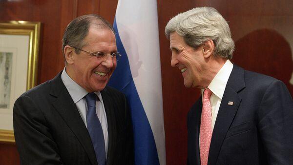 Serguéi Lavrov y John Kerry. Archivo - Sputnik Mundo